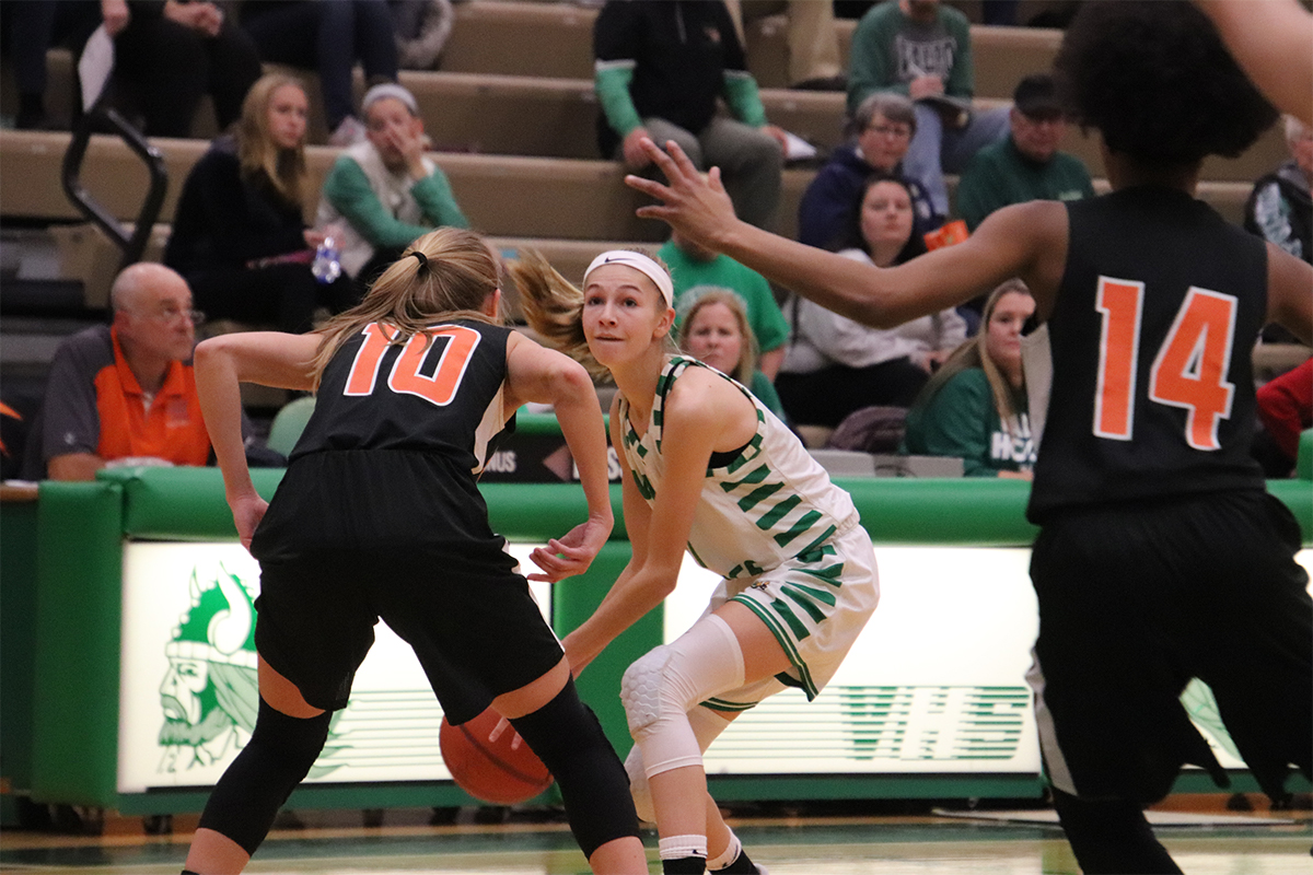 Lady Vikings Basketball Team Snaps 6-Game Losing Streak Against La Porte