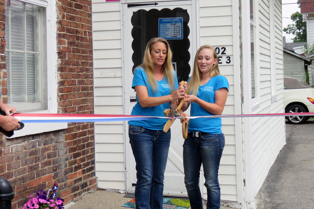Mother-Daughter Duo Opens Bath and Body Store in La Porte