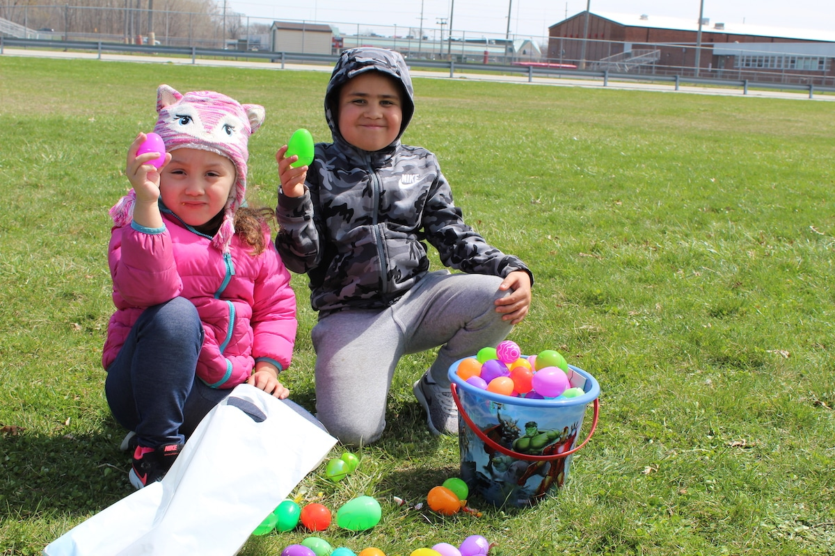 NorthShore Health Centers blankets lawn with Easter fun