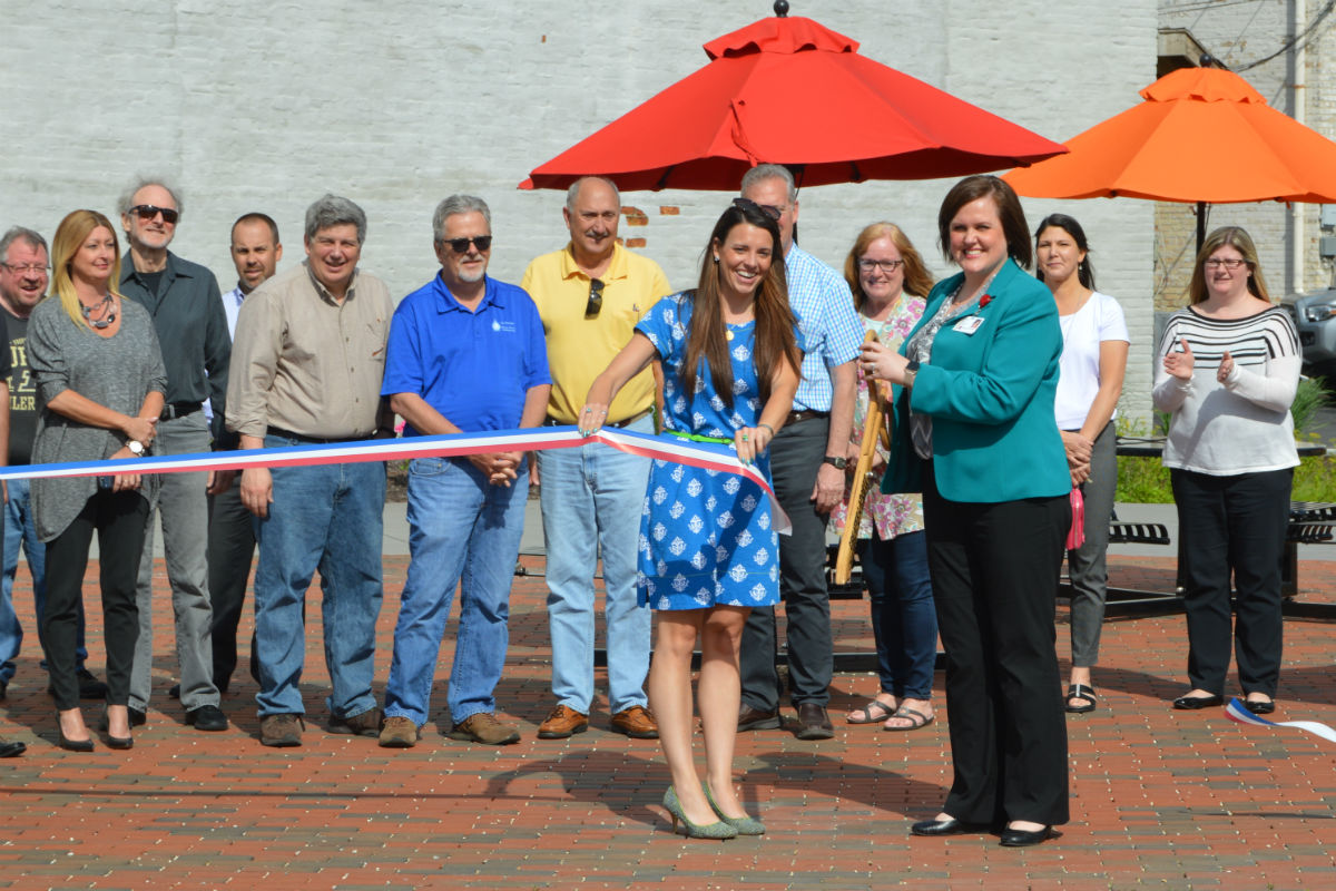 Greater La Porte Chamber of Commerce Hosts Ribbon Cutting Ceremony for Plaza 618